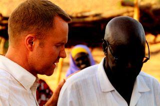Praying with a Former Prisoner_drk